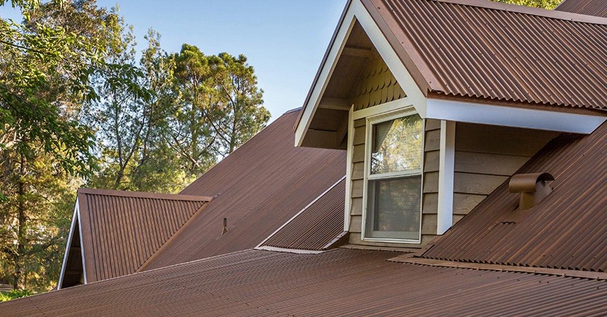 corrugated-streaked-rust-roof